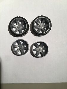 "Knex Racing Wheels Lot 4 Small Slick Tires w// Gray Hubs 1-5//8/"" K/'nex Parts"