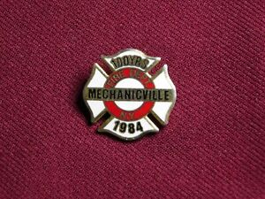 VINTAGE PIN PINBACK 1984 MECHANICVILLE NY FIRE DEPARTMENT 100 YEARS