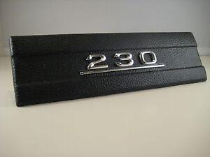 Radioschachtabdeckung-schwarz-Mercedes-230-W114-W115-Abdeckung-Radioauschni