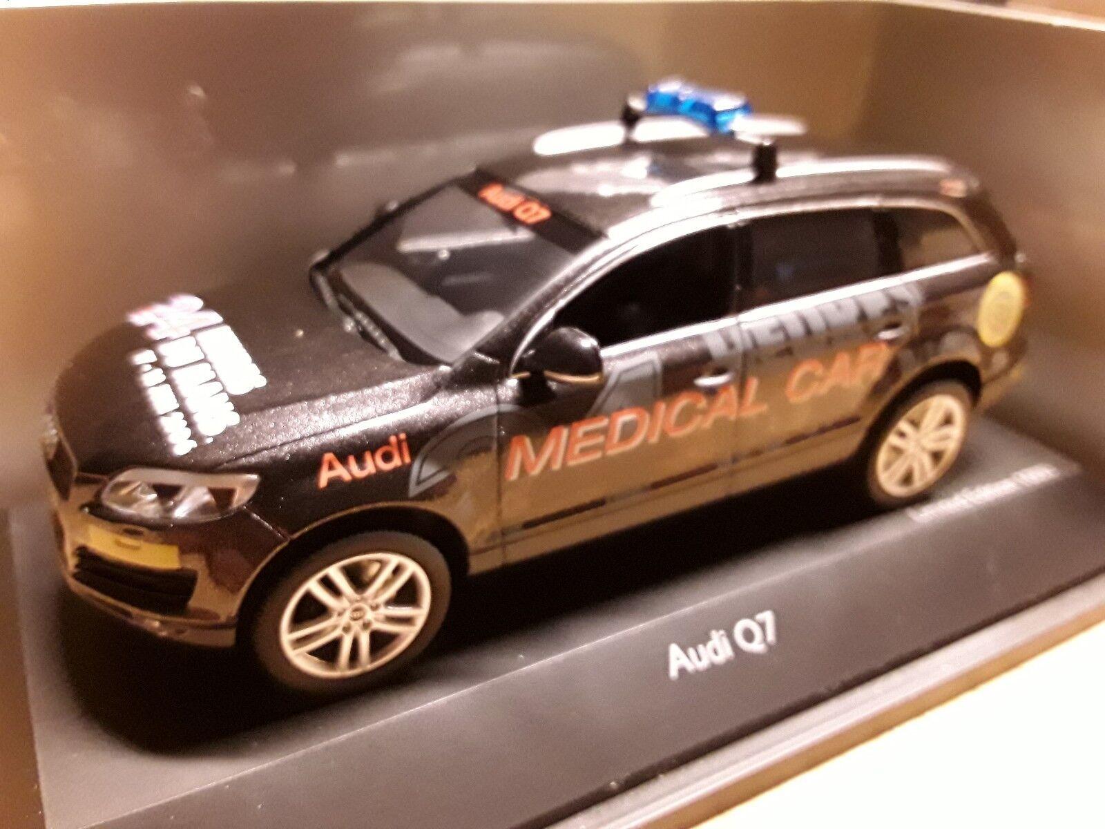Audi Q7    Medical Car  1 43 Schuco  450475500 3c717f