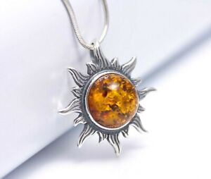Luxurious 6.90 grams 925 Sterling SILVER pendant with Yellow White Natural Genuine BALTIC AMBER