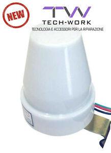 Sensore Per Accendere La Luce.Interruttore Crepuscolare Sensore Accensione Luci Giardino Casa
