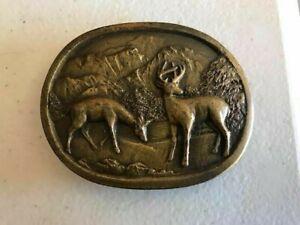 Vintage-Indiana-Metal-Craft-Deer-Hunting-Belt-Buckle