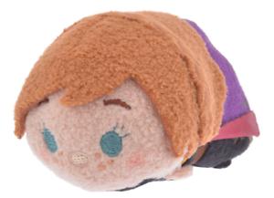 S Japan Disney store NEW Disney Plush doll TSUM TSUM Dumbo Pierrot mini