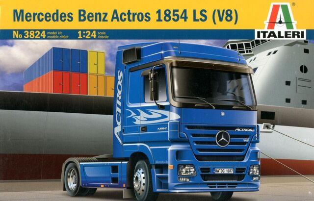 Italeri 3824 1/24 Scale Model Truck Kit Mercedes Benz Actros 1854 LS V8 2003 Ver