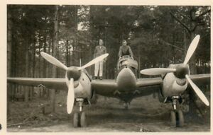 Luftwaffe-Beute-Bomben-Aufklaerer-Flugzeug-Russland-Ostfront-Jakowlew-Jak-4