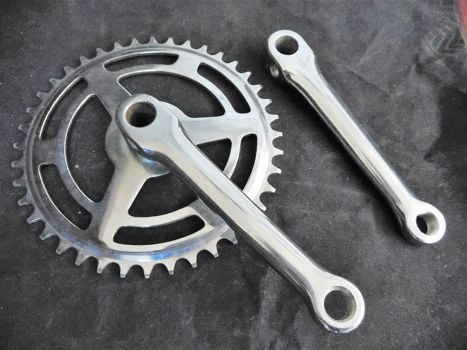 Vintage RALEIGH Bicycle Junior Chainwheel set 40 teath 5 1 2  cranks NOS