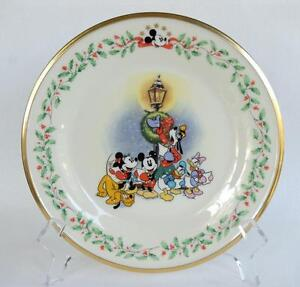Image is loading Lenox-Holiday-Plate-Featuring-Mickey-&-Co-A-  sc 1 st  eBay & Lenox Holiday Plate ~ Featuring Mickey \u0026 Co ~ A Carolin\u0027 We Go | eBay