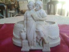 JARDINIERE XIXème Biscuit naturel, numérotée Centre table, Vase: décor antique