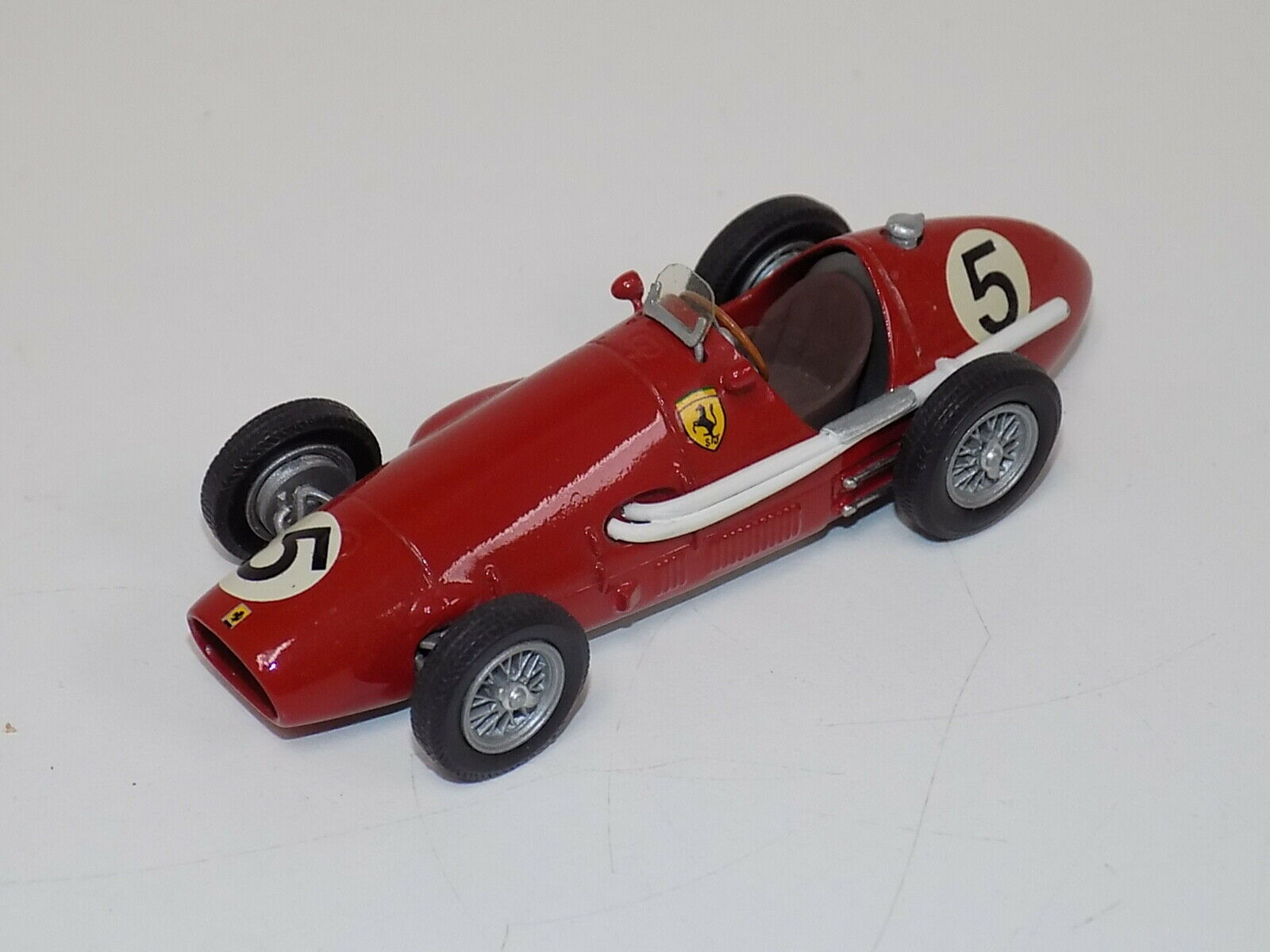 1 43 43 Historic Replicars  Ferrari 500 F2 1953 British GP Winner A.Ascari    GP031