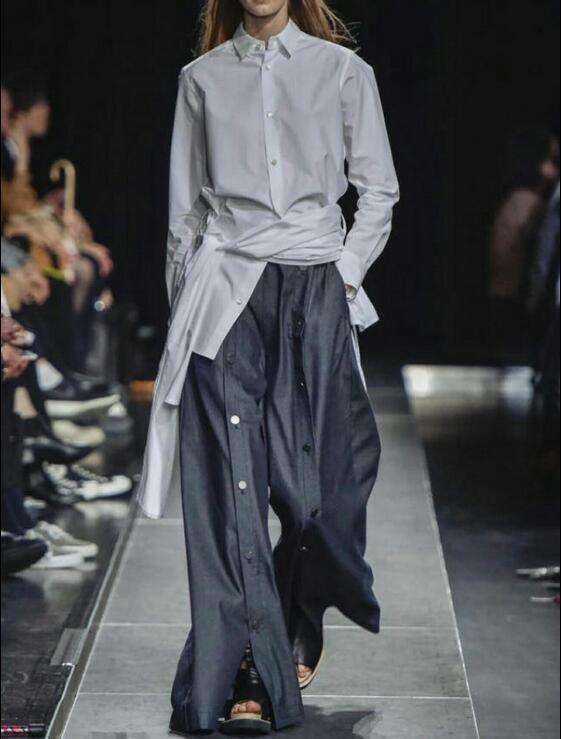 Laufsteg Herren  Mode-Design-Männer Bein-Knopf-lose Hose Rock Freizeit Fashion