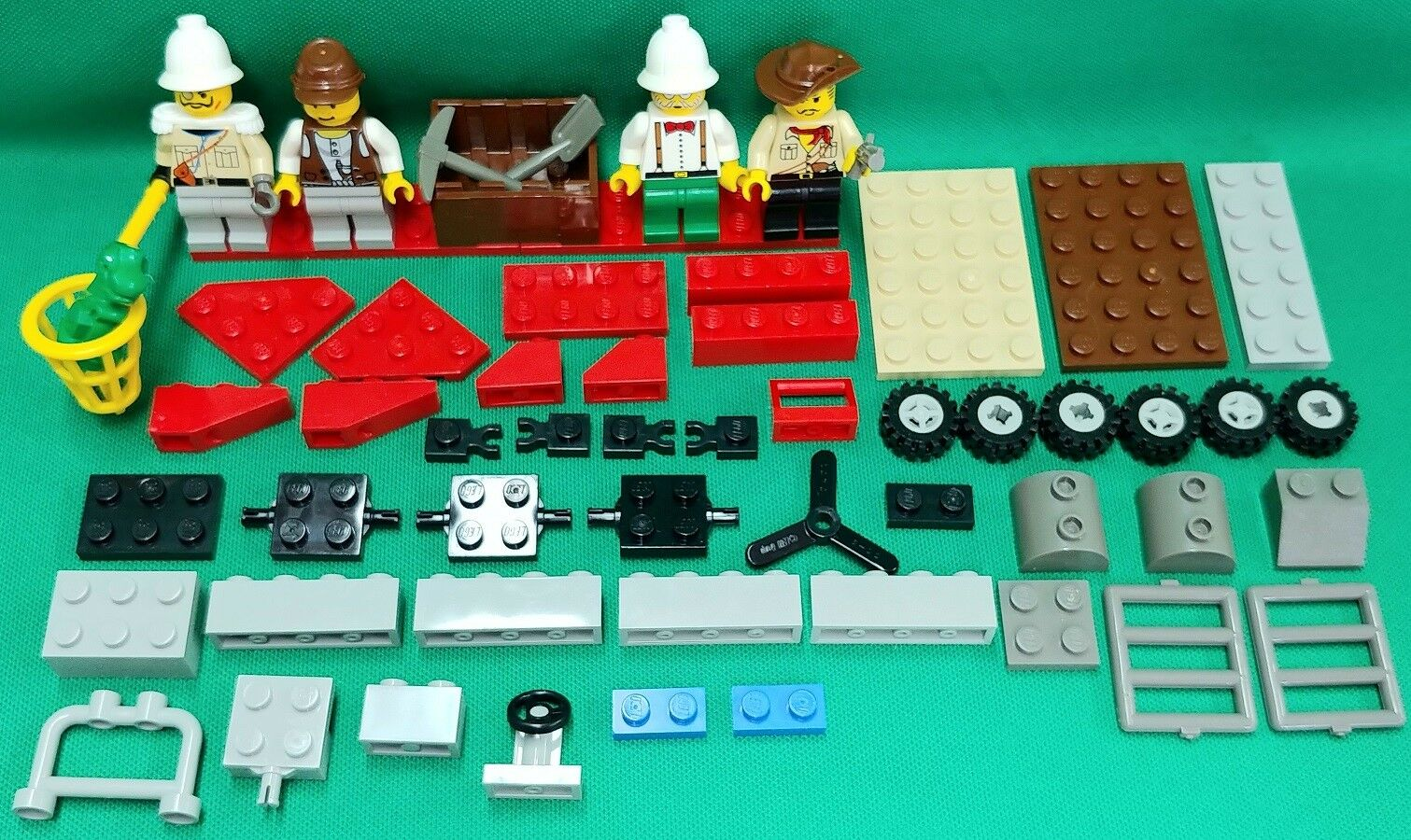 Lego Mixed Dinosaur Sets K5911 and 5975 No Boxes or Booklets