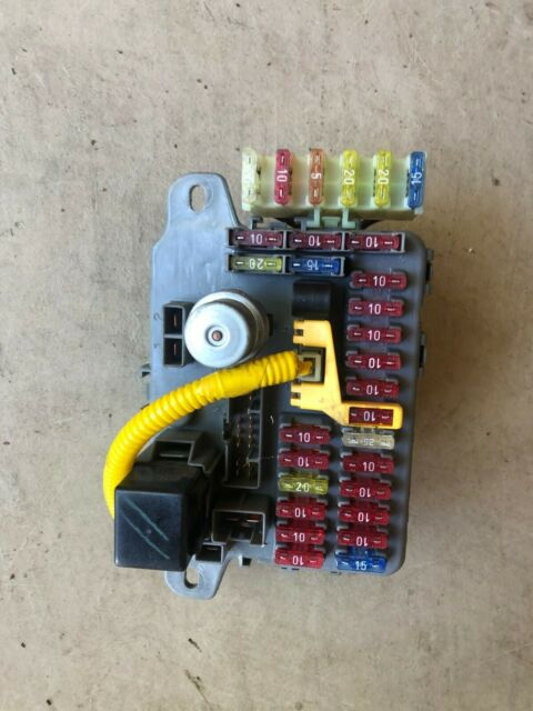 1995 Land Range Rover Classic Fusebox Panel Amr5420 Ypp100290 Discovery 1994