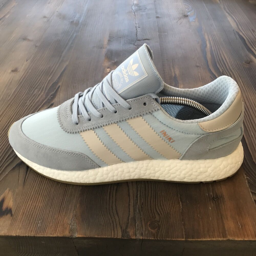 New in Box Adidas Iniki Runner Easy Blue BB2099 Size 11.5 US / Boost