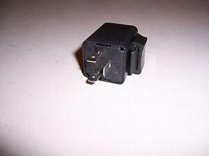 Blinkrelais-12-Volt-2-x-21W-3-4W-NEU-VOR-XT-350-550-600-Tenere-Blinker-relay