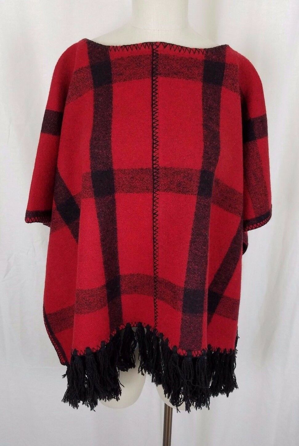 LRL Ralph Lauren Red Buffalo Plaid Wool Cape Poncho Stadium Blanket Womens PM PL