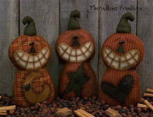 PATTERN Primitive Grinning Halloween Pumpkin Ornies Doll w// Stars Moon Hearts