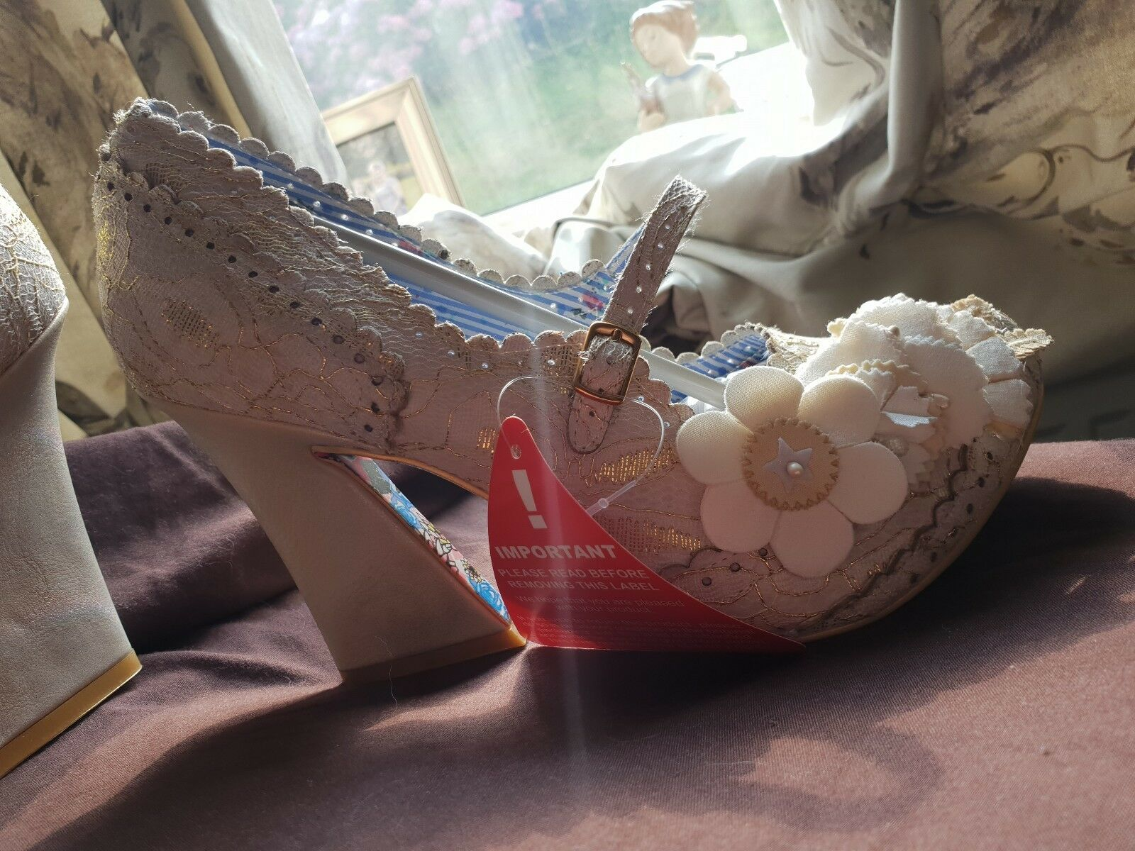 irregular choice Cherie Amour Cream 40 BNIB