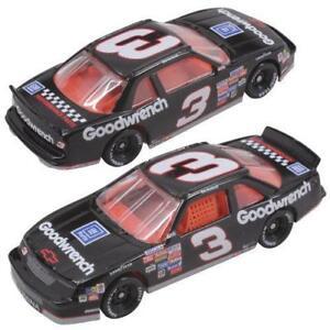 Dale-Earnhardt-3-NASCAR-Classics-1-64-Scale-039-89-Chevy-Lumina-Diecast-Car