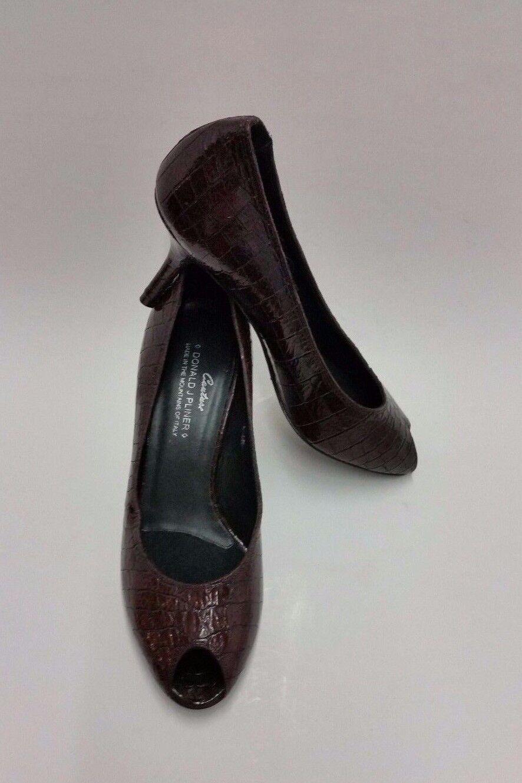 Donald J Pliner Zapatos Tacones Tacones Tacones Altos Bombas Couture Peep Toe Cocodrilo Marrón Italia Talla 8.5 M  entrega rápida