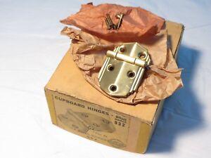 Antique-NOS-Brass-Offset-Cupboard-Cabinet-door-hinge-1-5-8-034-X-2-1-2-034-16-AVAILABLE