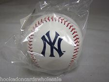 1 New York Yankees Team Logo Ball MLB Baseball Rawlings