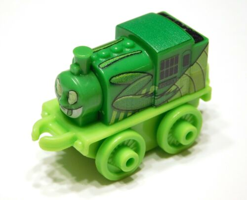 New Insect Theme Train from Thomas /& Friends MINIS Set PRAYING MANTIS PORTER