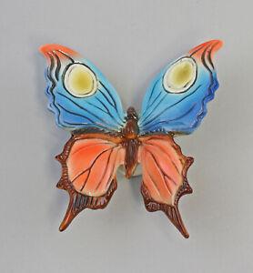 9959433-Porcelain-Figurine-Ens-Butterfly-9-x-10-x-3-CM