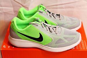 New Grade School Boys Nike Revolution 3