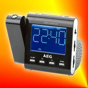 AEG MRC 4122 F N schwarz Radiowecker Funk-Uhrenradi<wbr/>o Projektion Senderspeicher