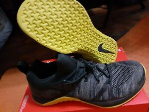 Nike-Metcon-Flyknit-3-Men-039-s-Running-Shoes-AQ8022-300-Size-10-NEW-no-top-box
