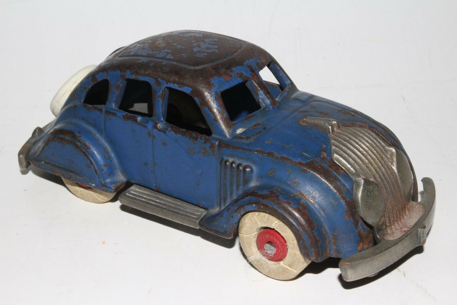 Hubley 1930's Cast Iron Chrysler Airflåg Sedan, 6 tum version, Original