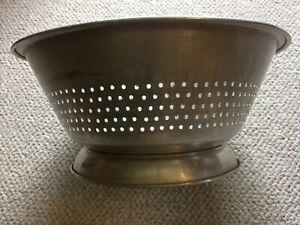 Vintage-Large-15-034-11-qt-Commercial-Aluminum-Restaurant-Colander-c-1950-039-s