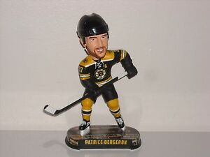 PATRICE BERGERON Boston Bruins Bobble Head 2017 NHL  Headlines Base ... 04bf4053a