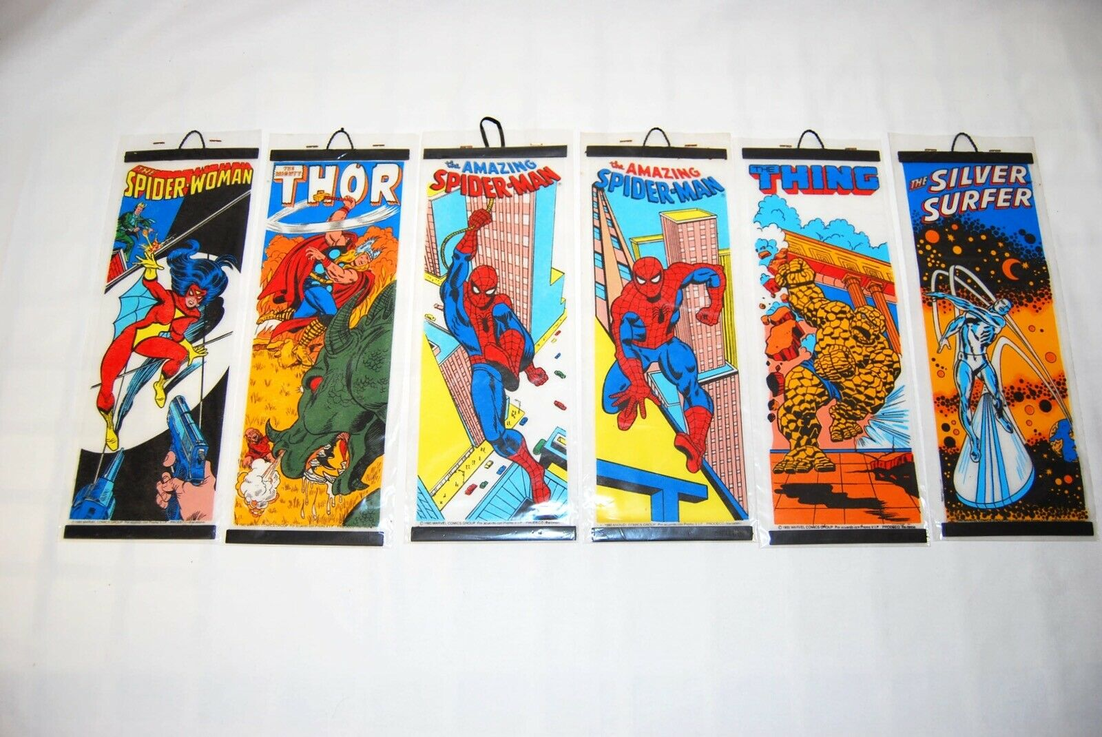 RARE Marvel 6 mini posters set 1980 Thor Spideruomo Thing argento surfer Vintage