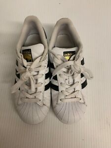 adidas superstar black and white size 4