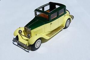 Kit Pour Miniature Ccc : Peugeot 183    Faux Cabriolet 1930 Réf 204  le 12/six
