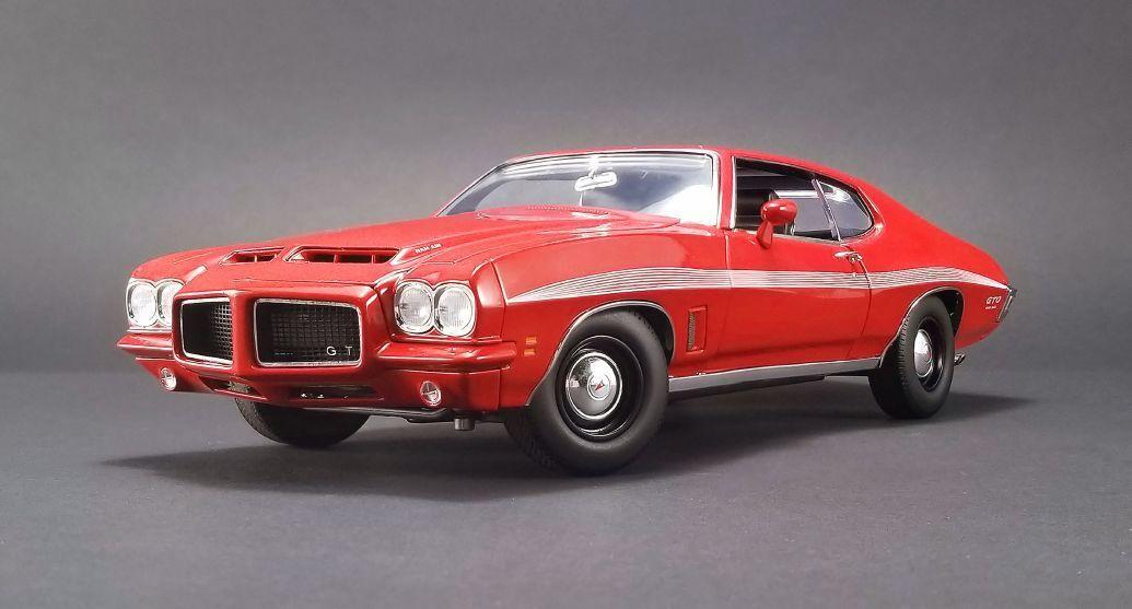 ACME 1972 Pontiac GTO LeMans rosso 1/18