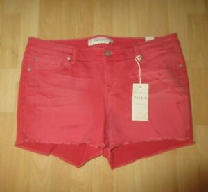 New-NWT-Torrid-Red-short-039-s-size-18