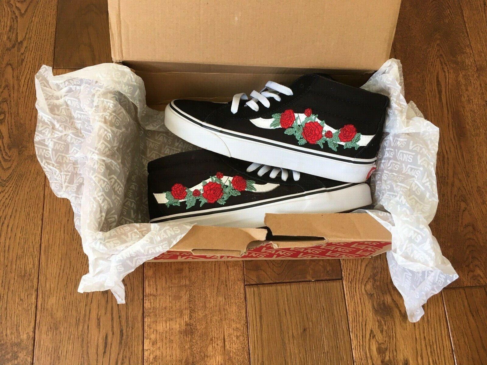 Vans Old Skool Red Rose-embroidered