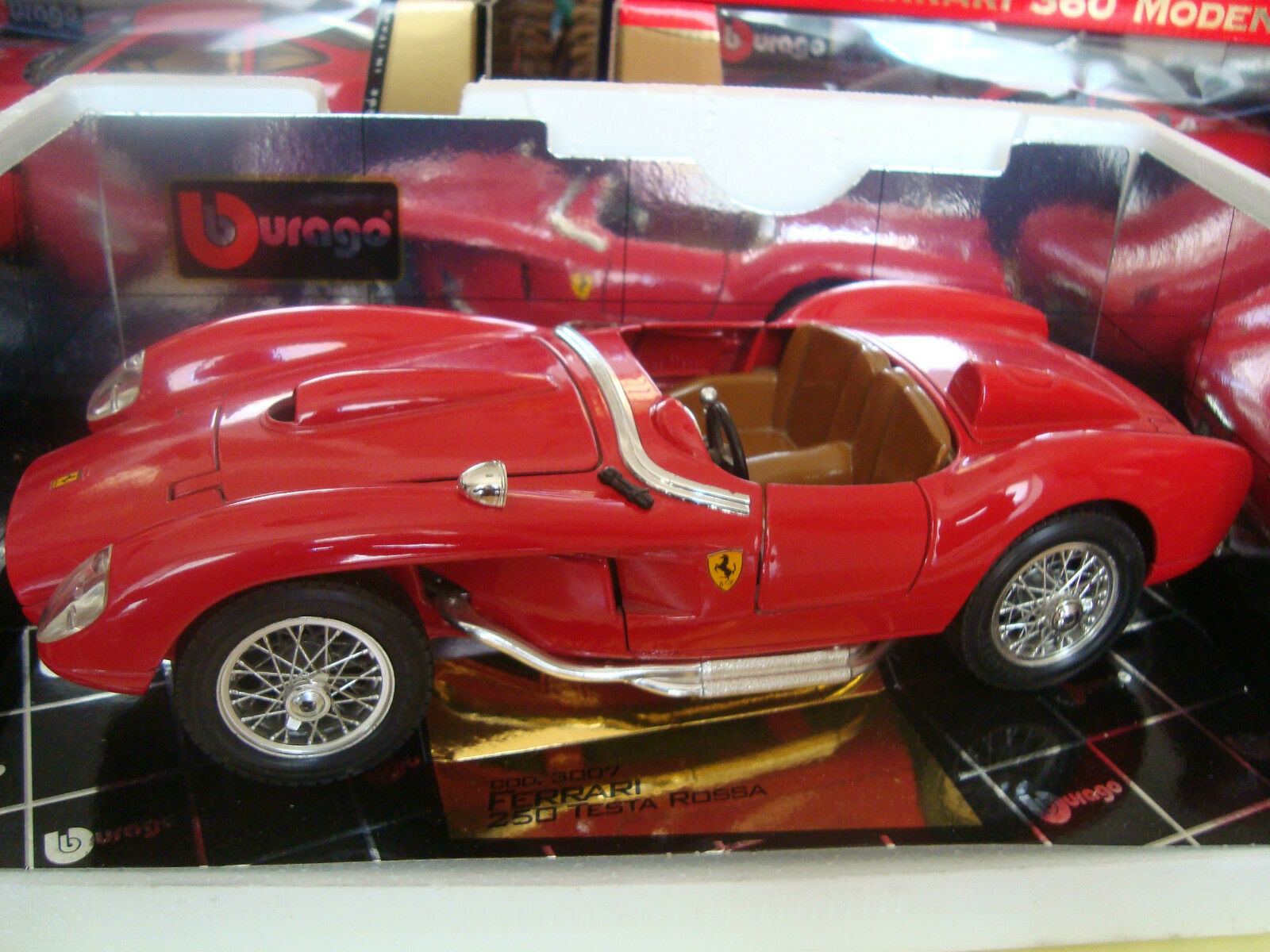 FERRARI 250 HEAD ROSSA 1957 B BURAGO gold COLLECTION REF 3007 1 18 OCCASION