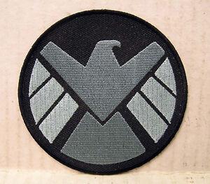AVENGERS-AGENTS-OF-SHIELD-TV-3-5-034-PILOT-CREW-SHOULDER-Logo-Patch-ASPA-007