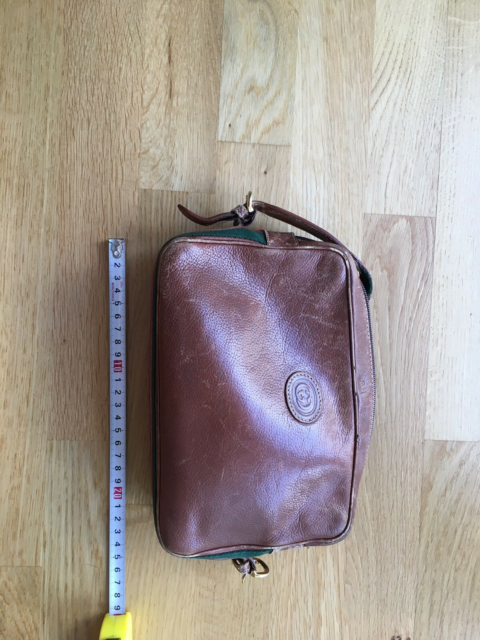 Crossbody, Gucci, læder, Original vintage Gucci bag One end…