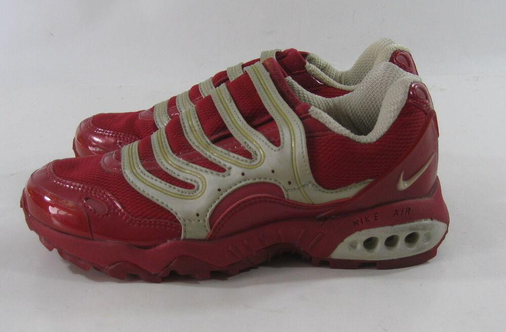 698034 691 Nike Wmns Air Terra Humara Slip rouge Taille 6.5