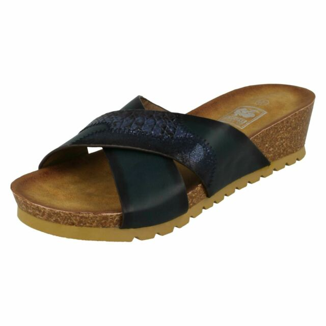 LADIES SYNTHETIC DOWN TO EARTH SANDALS 3X COLOURS F1R0452