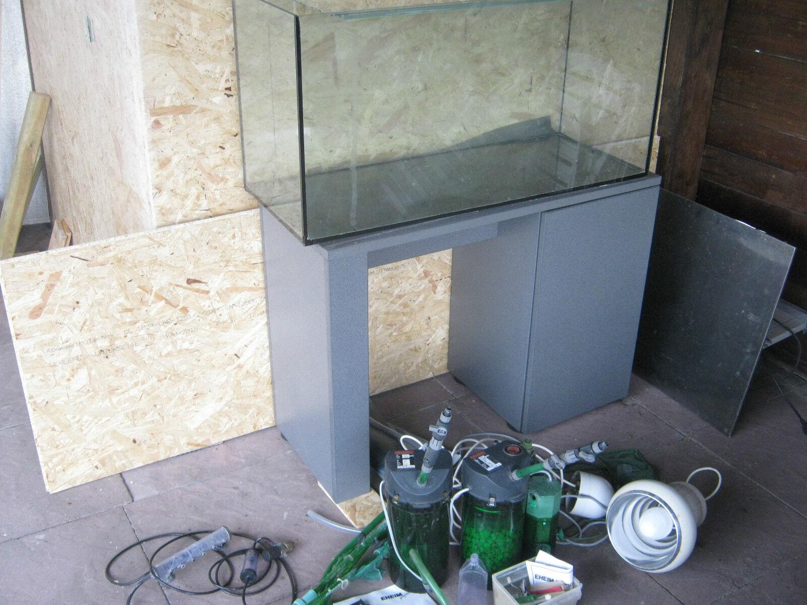 Aquarium 200 l mit Eheim Unterschrank Pumpen Dupla Co 2 Anlage HQL Lampe
