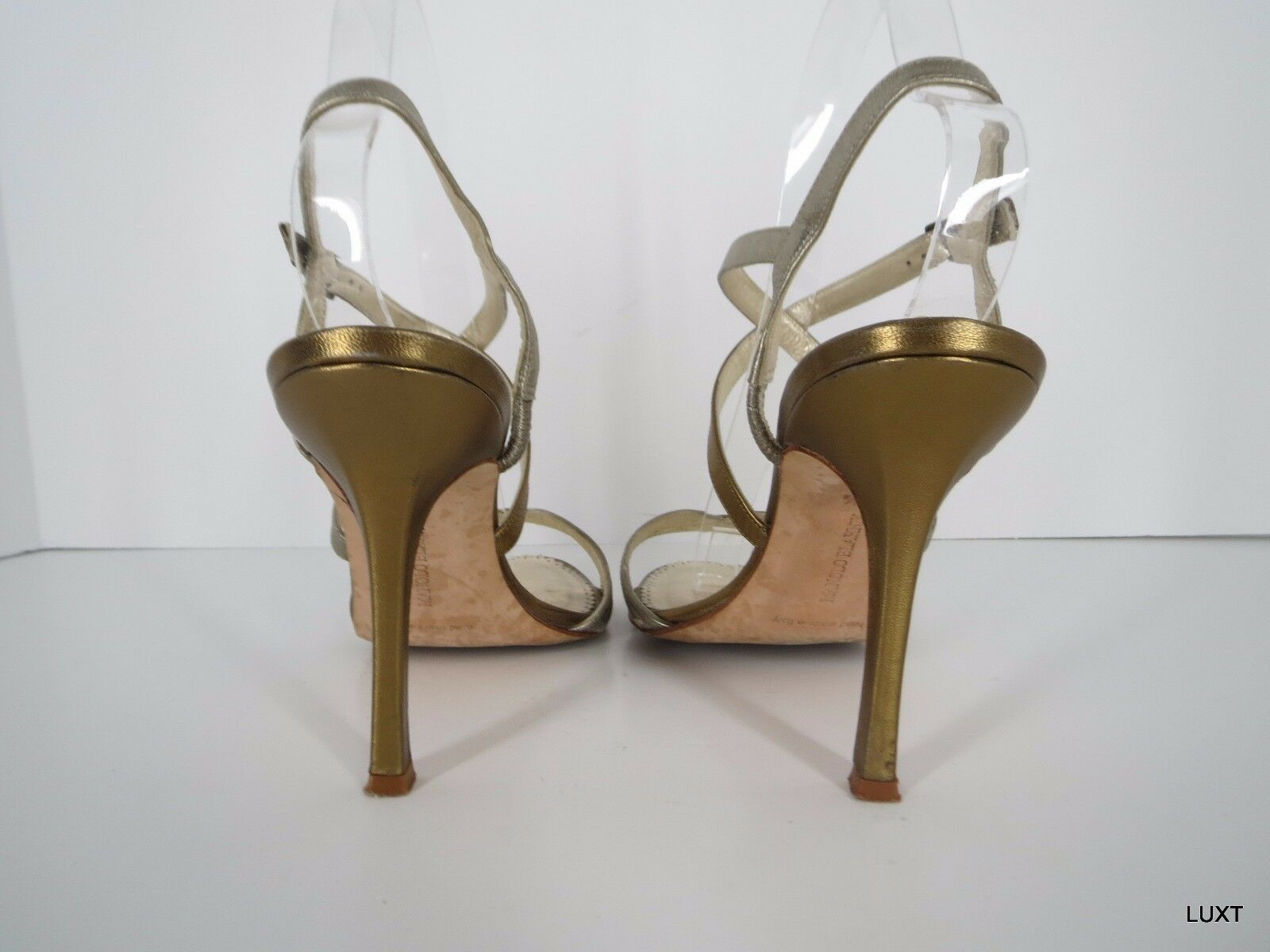 Manolo Blahnik Sandals Heels Größe 7.5 7.5 7.5 37.5 Gold Silber Metallic Strappy Open Toe a99a47