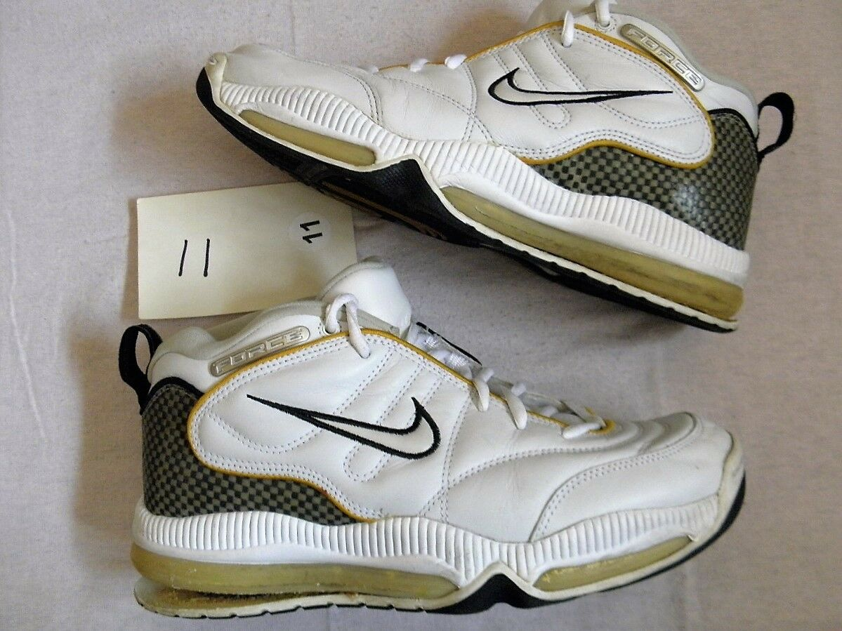 timeless design 91b28 b2cda Nike Nike Nike Air Total Aggress Force sz 11 OG Vintage 90s Display Only  Popped Bubbles