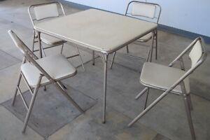 Tan Puter Vintage 1950 S Retro Samsonite Folding Card Table Set With 4 Chairs Ebay