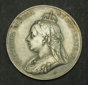 1897-Great-Britain-Queen-Victoria-034-Diamond-Jubilee-034-Medal-Heaton-s-mint